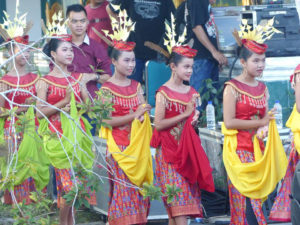 Opening Ceremony / Yayasan Usaha Mulia - Dayak Dance Group — with Imanuel Yeremia, Yusvita Intarini, Fitri Moni Lestari, MuUtd, Rustiani Tambunan and Yeyen Andreyani Eka Rajaki.