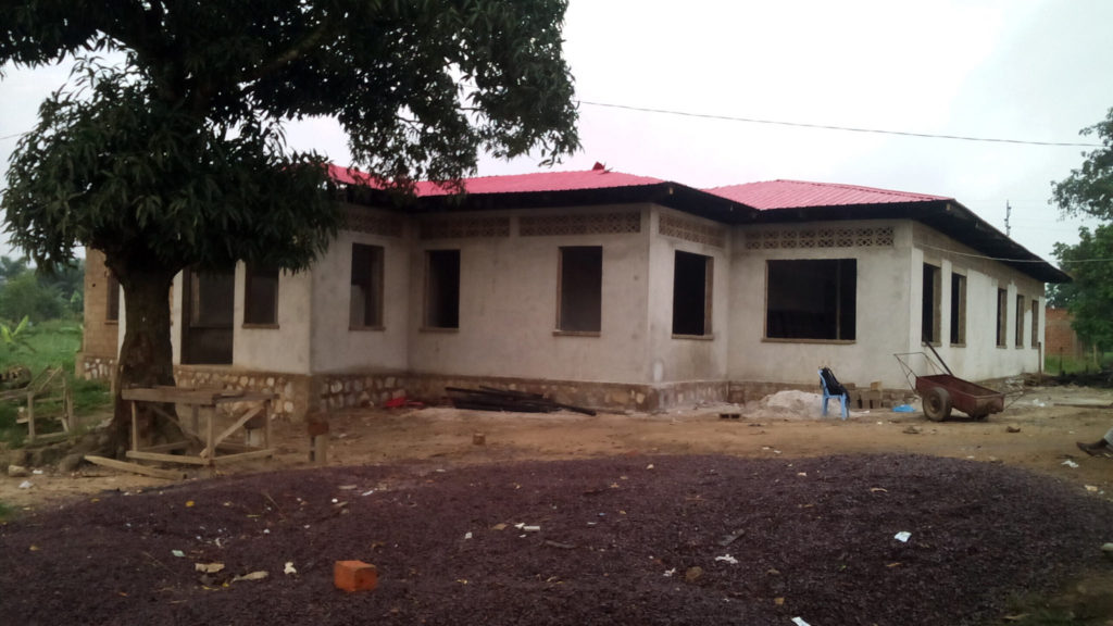 Kwilu Ngongo-DR Congo-2017 Photo: Papy Kabondo - Progress on the building of the 4th Community Health Centre (CSCOM) in DRC.